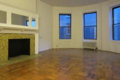 Amazing One Bedroom in a Brownstone building close to RSD Park