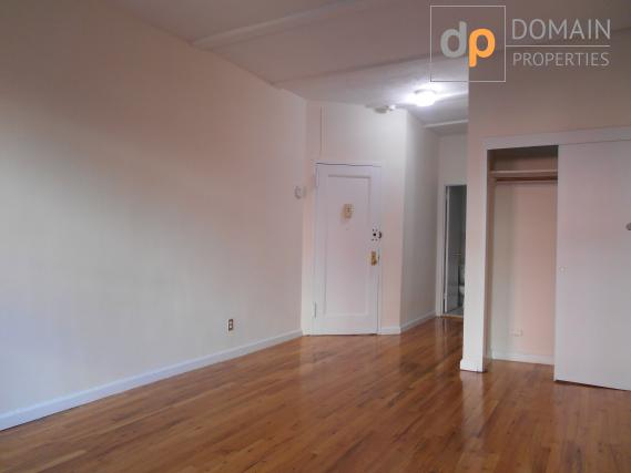 UPPER EAST SIDE APARTMENT!! NO FEE