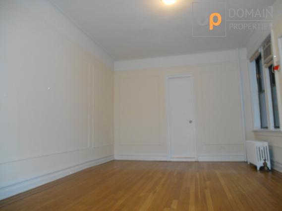 UPPER EASTSIDE Studio Apartment.. NO FEE..!