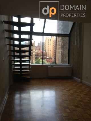 Sunight-poured 1Br Duplex  in luxury building in Murray Hill