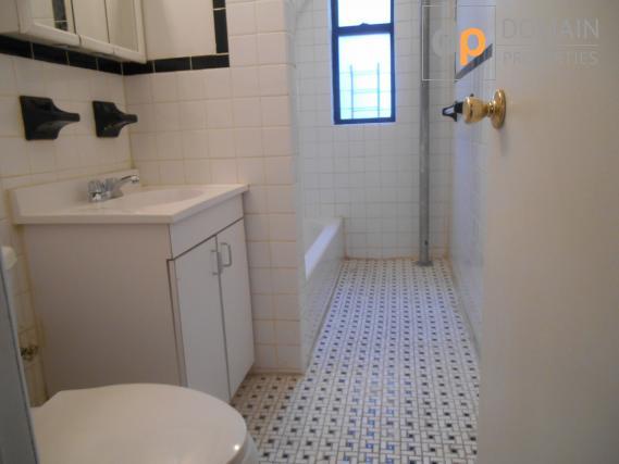 MANHATTAN 1 Bedroom Apartment
