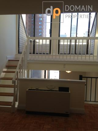 Penthouse 1Br Duplex with outdoor Terrace in luxury building in Murray Hill
