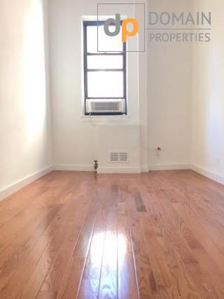 Sunny 1 bedroom Apartment with a home office Upper West side