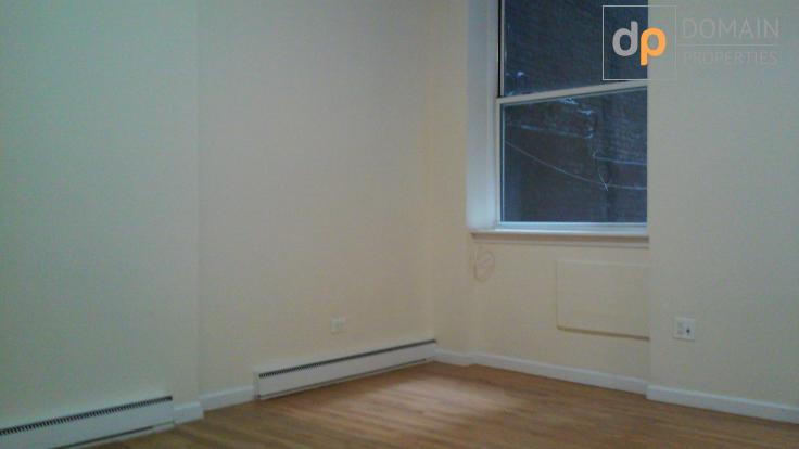 Quaint Studio Footsteps from Central Park West!