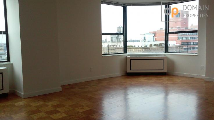 Lovely Three Bedroom Apartment on the Upper West Side!