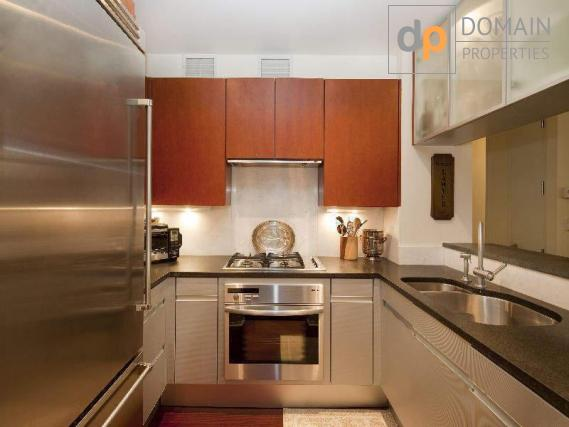 Condo full service 2 Bedrooms / 2 Baths in Midtown East