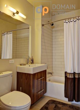 2 Bed 2 Bath -NO FEE- Modern Doorman Elevator Bldg. Financial District
