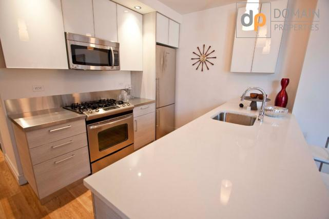 No Fee!! Lux 2 Bedroom Apartment in Midtown West 1 month Free!! No Fee!!