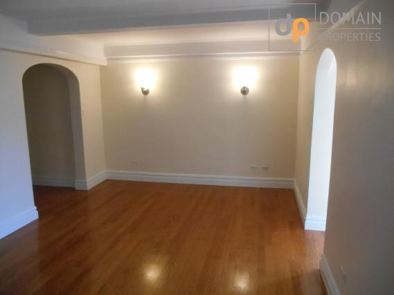 GORGEOUS SPACIOUS 1 bedroom apartment GAS & ELECTRIC INCLUDED!