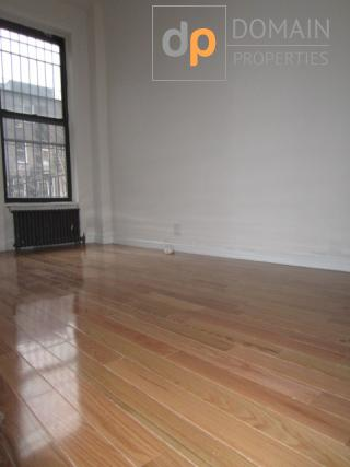 One bedroom w private terrace in a brownstone - Upper West