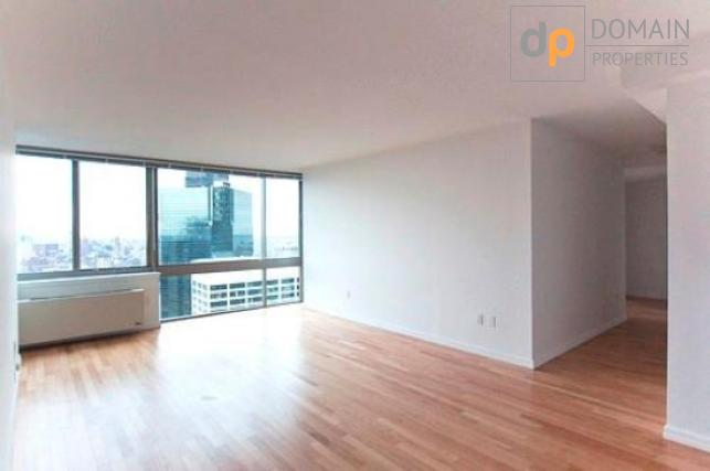 Gorgeous No Fee 1BR Available Immediately.