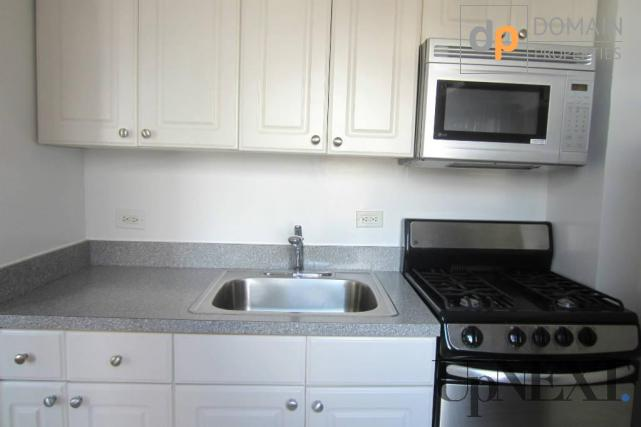 NO FEE! Gorgeous Studio APT/ Gas and Electric Included