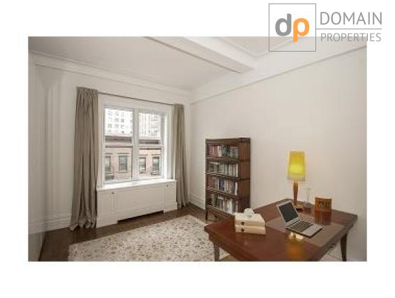 Beautifully renovated bright and elegant 2 bedroom, 2 bathroom UWS pre-war condo Apartment